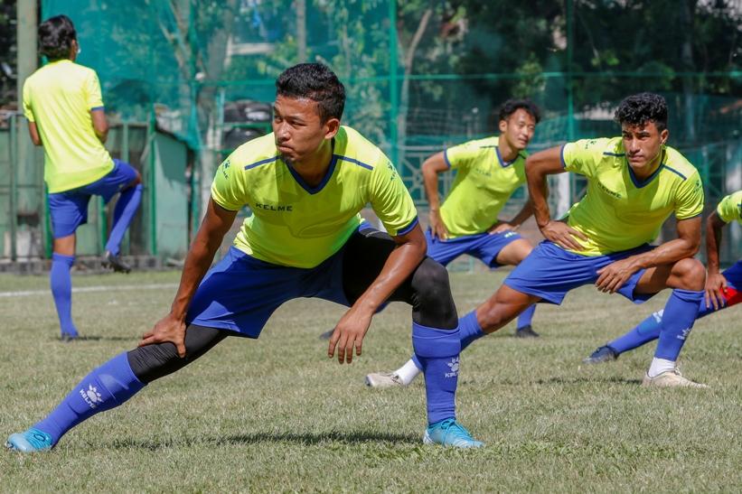 त्रिदेशीय फुटबल :नेपालले किर्गिस्तानसँग खेल्दै